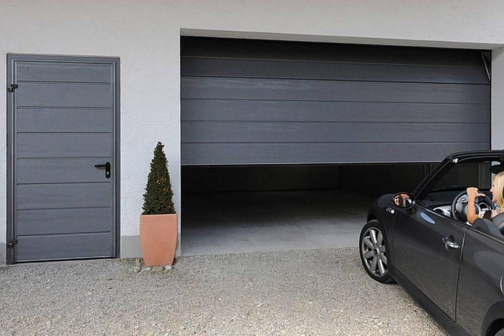 Garage Door Repair Near Me